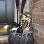 45 Stunning Halloween Decoration Outdoor Ideas (23)