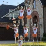 45 Stunning Halloween Decoration Outdoor Ideas (24)