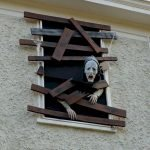 45 Stunning Halloween Decoration Outdoor Ideas (26)