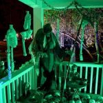 45 Stunning Halloween Decoration Outdoor Ideas (29)