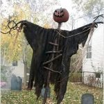 45 Stunning Halloween Decoration Outdoor Ideas (41)