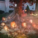45 Stunning Halloween Decoration Outdoor Ideas (43)