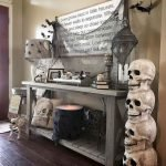 50 Stunning Halloween Decoration Indoor Ideas (45)